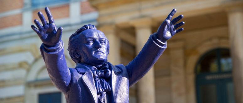 Ottmar Hörl - Wagner dirigiert Bayreuth © Simeon Johnke