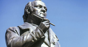 Jean Paul Statue (copyright BMTG)